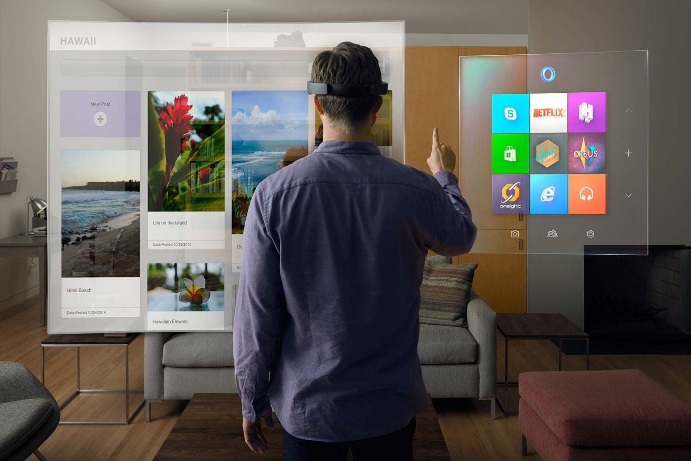 man using web browsers with Microsoft HoloLens